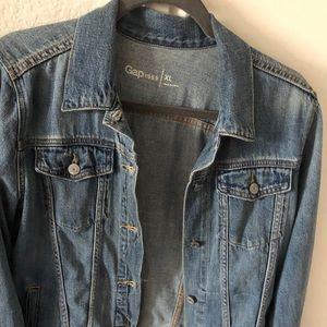 Gap women's Jean jacket